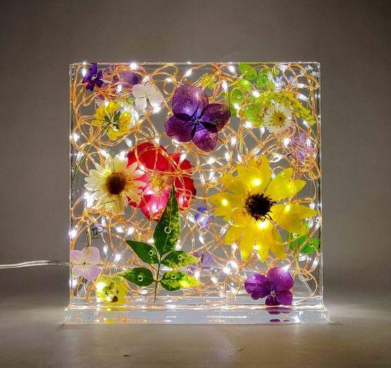 đèn epoxy hoa tươi